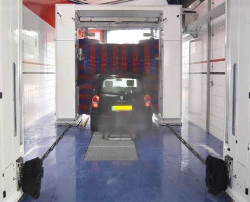 Carwash De Kaardebol auto wassen tot 2,70 mtr. hoog